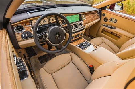 rolls royce ghost interior 2016 rolls royce unveils suhail collection for phantom wraith