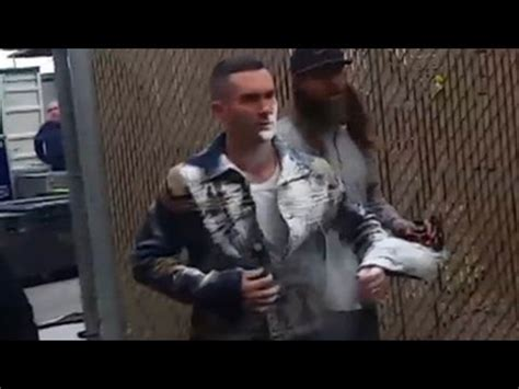 adam levine blasted in the face with sugar hollyscoop adam levine attacked by sugar bomb while greeting fans