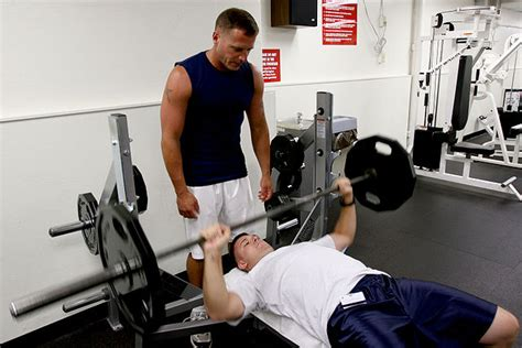 shoulder hurts when i bench press the quot my shoulder hurts quot checklist tony gentilcore