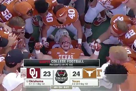 epic bench press watch video texas follows touchdown vs oklahoma with epic bench press celebration