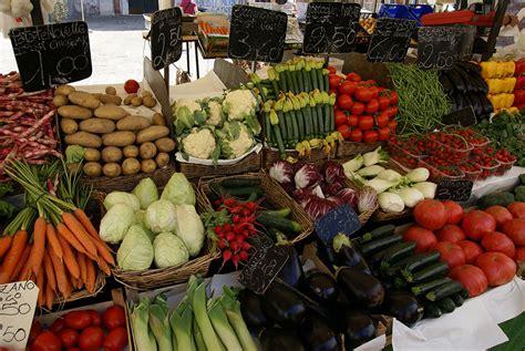 wann ist markt in luino m 228 rkte am gardasee 214 ffnungszeiten und standorte