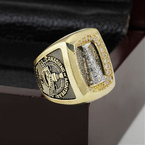 montreal canadiens chionship ring 1993 replica stanley