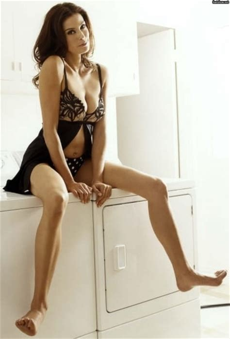 sexy celeb magazine teri hatcher sexy celebrity legs sexy celebrity legs