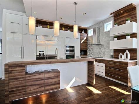 armoire de cuisine en pin a vendre 1000 ideas about armoire de cuisine on