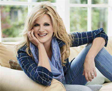 rus s e x trisha yearwood booking agent contact private