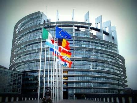 la sede parlamento europeo strasburgo votata la risoluzione contro la violenza sulle