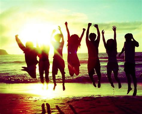 Beautiful Blogging Friends 2 by Smiles No Matter 8 Things To Do With Your Friends This Summer