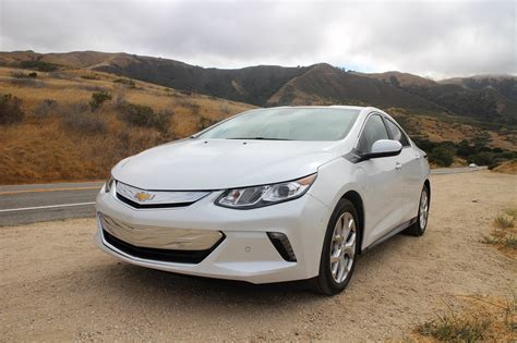 chevy volt limited markets  nationwide rollout