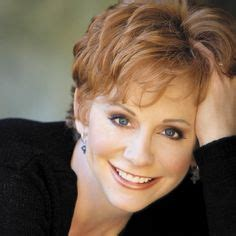 pics of reba mcintyre in pixie hair style alice twilight eclipse my hair twilight and i am
