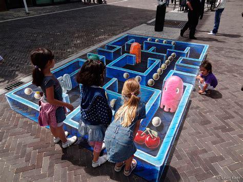 imagenes artisticas en 3d 3d streetpainting pac man 3d street painting street art