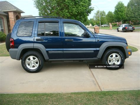 older jeep liberty jeep liberty crd 06 jeep sunroof old jeep liberty my old
