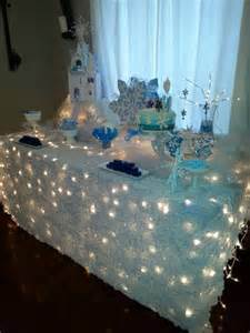 Winter Cake Decorations - 32 elegant and funny frozen kids party ideas shelterness