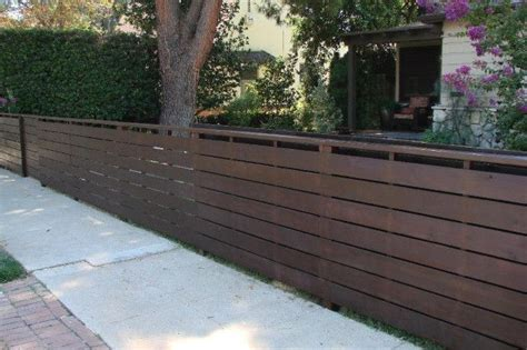 horizontal fence stain paint color wooden fence