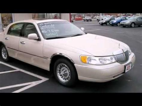 1999 lincoln town car reviews 1999 lincoln town car cartier sedan in lima oh 45805