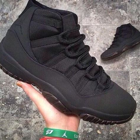 jordan shoes all black
