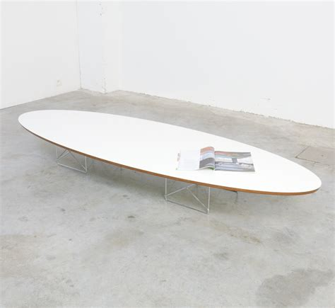 elliptical coffee table etr by charles and eames for