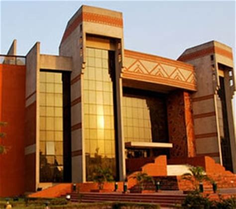 Executive Mba Courses In Iim Calcutta by Indian Institute Of Management Iim Bangalore Review