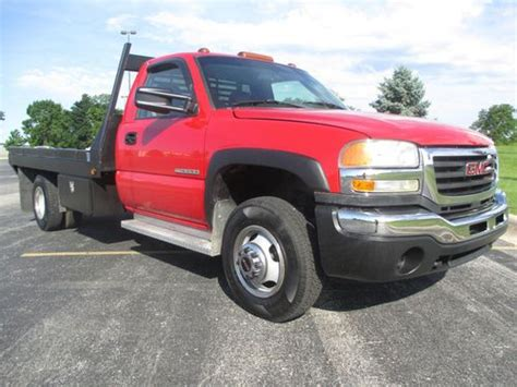 buy used 2003 gmc sierra 3500 4x4 flatbed v8 5 speed manual 1 0wner no reserve in