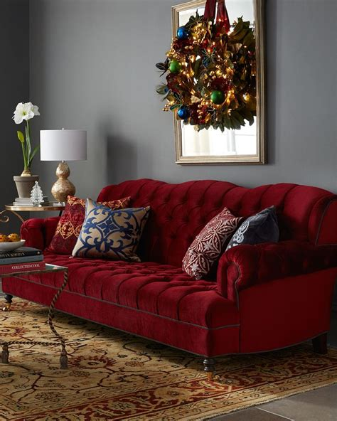 Horchow Chaise Haute House Mr Smith Cranberry Sofa Inredning