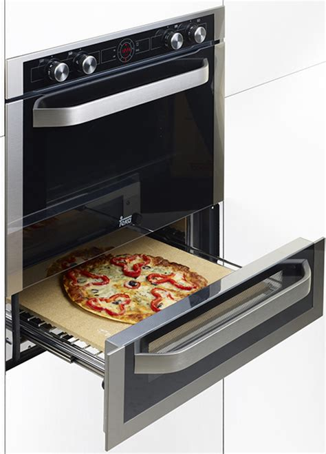 bottom drawer of stove use multifunction pizza oven from teka