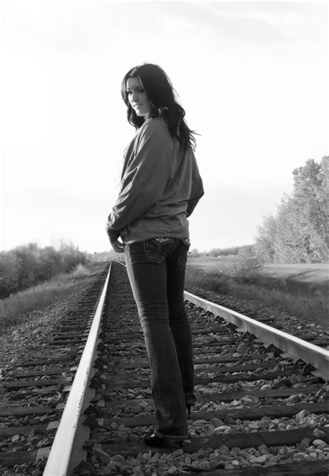 Sweet 16 Senior photo | Super sweet 16, Poses for pictures