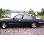 Lincoln 1999 Town Car Image 11