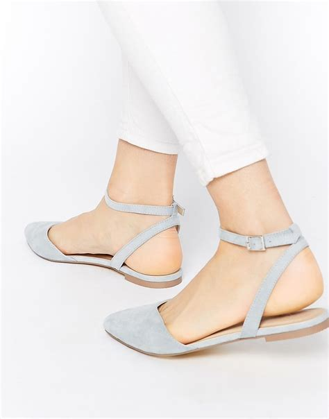 Cures For Your Summer Shoe by Mmer Shoes Cancer Treatment
