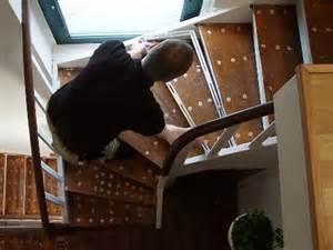 teppich verlegen ohne kleben alte stufen renovieren laminat auf treppen verlegen bauen de