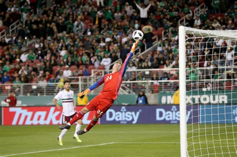 iceland goalkeeper 2018 mexico defeats iceland 3 0 in soccer world cup tuneup