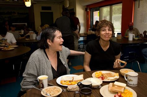 Volunteer At Soup Kitchen Toronto by Toronto Soup Kitchens And Food Banks