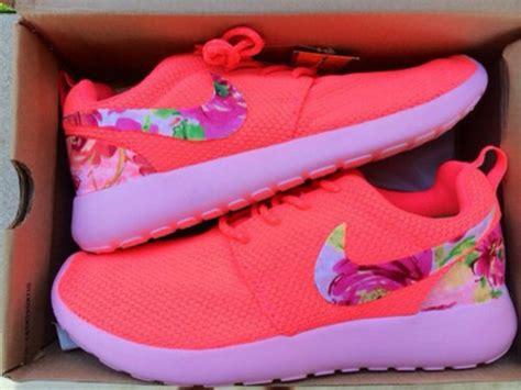 Nike Rosherun Flower shoes jumpsuit roshe runs nike roshe run nike roshe
