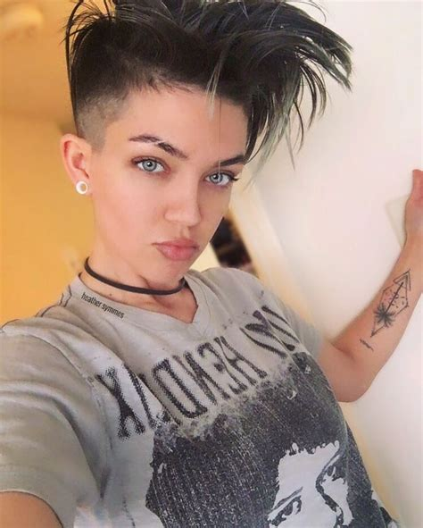 woman short hair cut with a defined point in the back 25 beautiful undercut hairstyles women ideas on pinterest