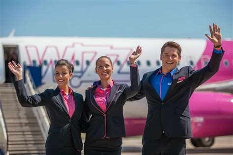 Wizz Air Cabin Crew by Wizz Air Eski Yugoslavya Da B 252 Y 252 Yecek Havayolu 101