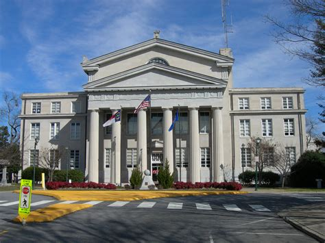 lincoln county court house in lincolnton nc