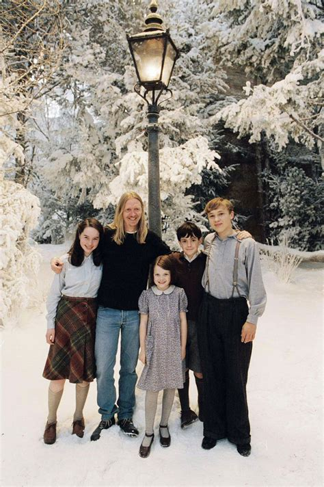 Narnia The The Witch And The Wardrobe Cast by Edmund Narnia Fans Part 5