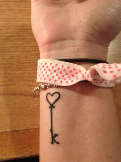 henna tattoos key largo my key what if the bottom were an l quot and an quot m