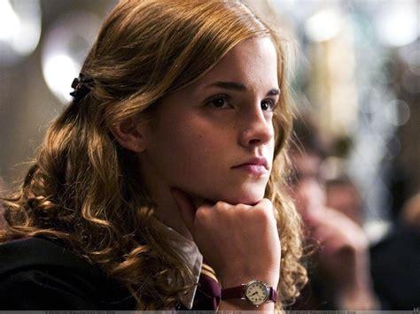 Watson Hermione Granger by Harry Potter Watson As Hermione Granger Hd Wallpaper