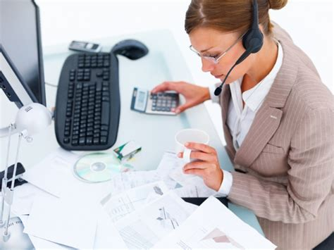 how to become a benefits administrator
