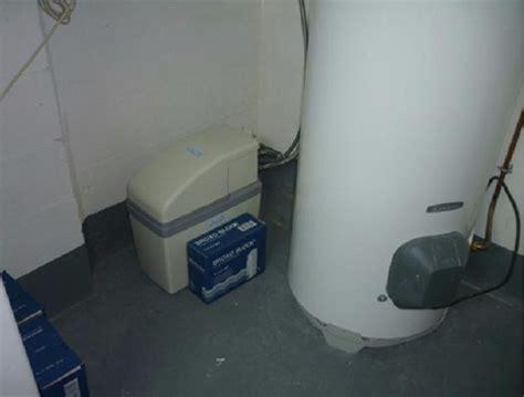 Enlever Le Calcaire Des Wc comment enlever le calcaire dans les wc choix de l