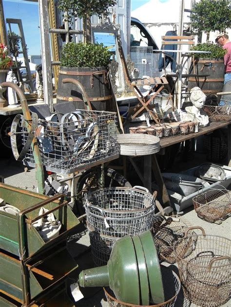 Antique Car Decor by 17 Best Images About Flea Markets Are Favorite On Antique Show Ladder And Shabby