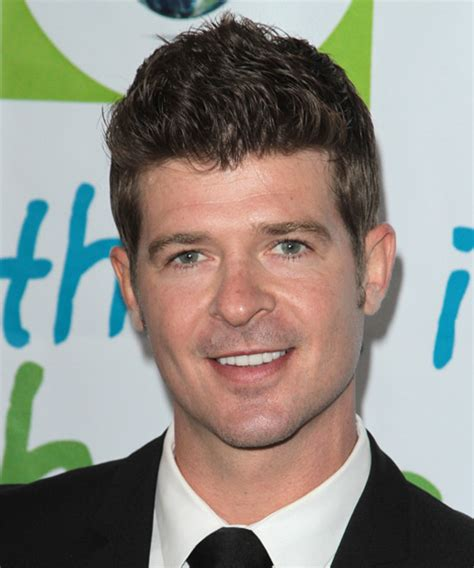 robin thicke hairstyles celebrity hairstyles by robin thicke short straight casual hairstyle medium