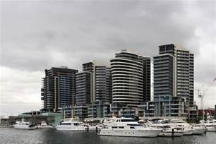 file melbourne docklands area jpg wikimedia commons