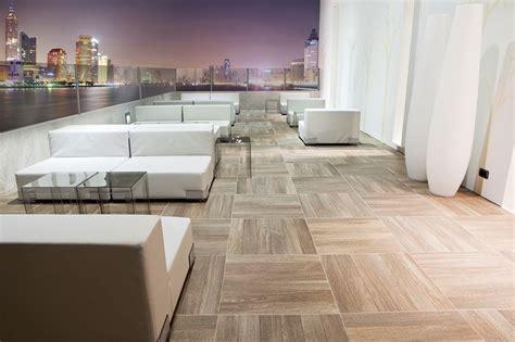 rivestimenti per terrazzi rivestimenti per terrazzi pavimenti per esterni idee