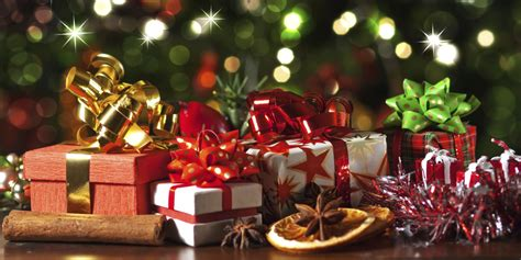 images of christmas gifts under the tree top 10 christmas gifts for less than 163 50 huffpost uk