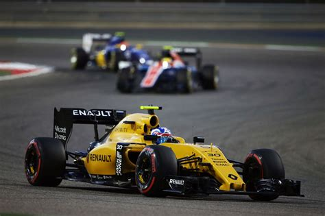 f1 renault sport formula one team po grand prix bahrajnu