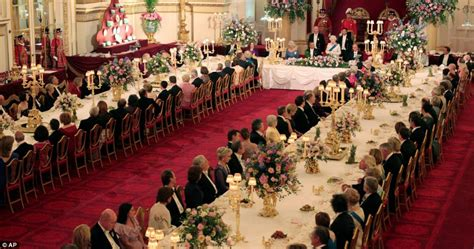 Banquet Or Banquette by Obama Uk State Visit Elizabeth Treats President And