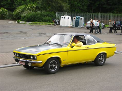 United Luggage by Opel Manta A 1 6 2 Photos Autoviva Com