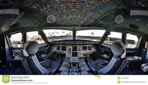 cabina di pilotaggio airbus a380 flightdeck della cabina di guida airbus 320 fotografia