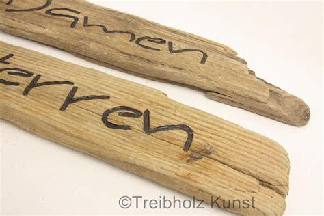 Moos Auf Holzterrasse by Gr 252 Nbelag Auf Holz Entfernen Schimmel Auf Holz Entfernen