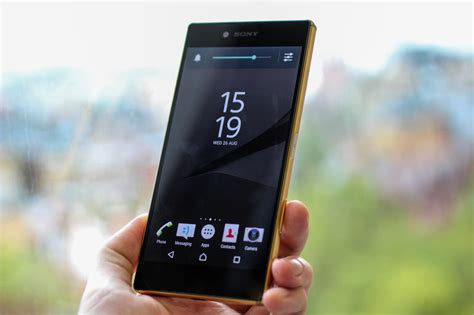 mobile phone reviews mobile phone reviews sony xperia z5 and z5 compact
